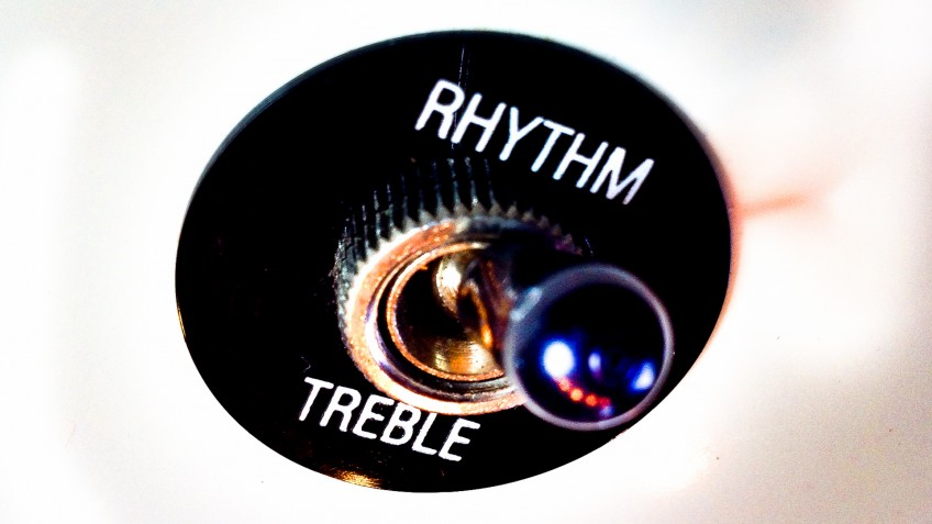 The better you know your instrument, the easier it will be for you to work together and create the guitar tones of your dreams! And no, it's not just a case of choosing Rhythm or Treble...