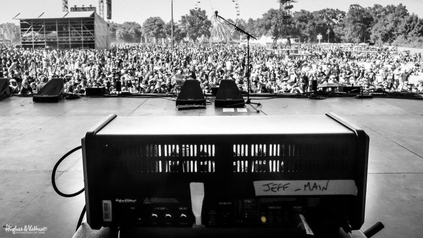 Big stage? Sure. Loud amp needed? Not at all! Read on to find out exactly why. And yes, this even applies to loud bands who play loud genres like metal and thrash - this pic was taken shortly before Annihilator took the stage at the Hellfest in France.