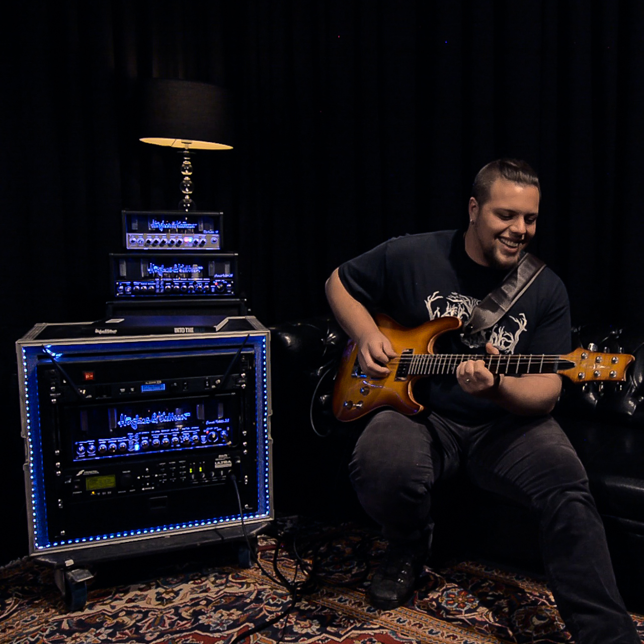 Why A Guitar Rack System With A Built In Tube Amp And