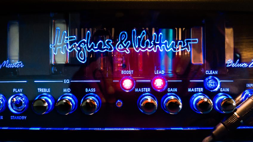 Here's the TubeMeister Deluxe 20 amp settings we used to get those Steve Lukather tones.