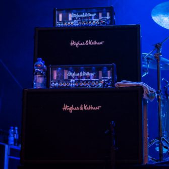 For Decades The Only Way To Play Guitar Live And Be Heard Was With A 100 Watt Amp Stack Of 4 12 Cabinets Lots Players Idea